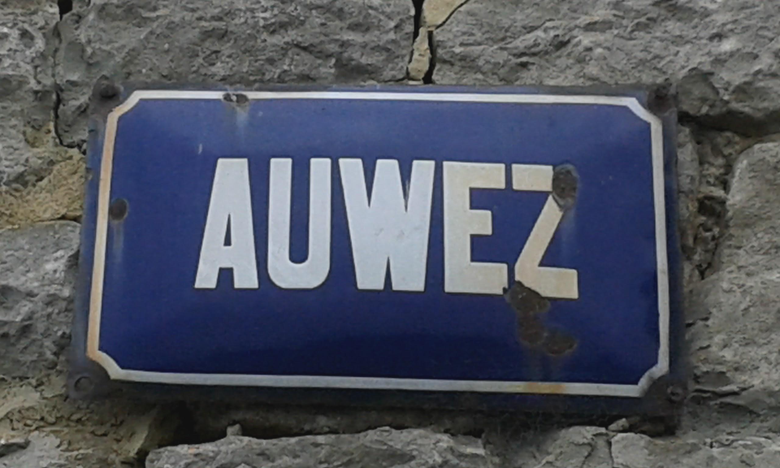Plaque Auwez